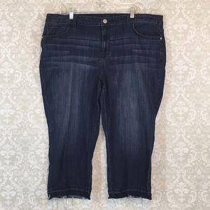 {Simply Vera Vera Wang} 18W Capri Mid Rise Jean